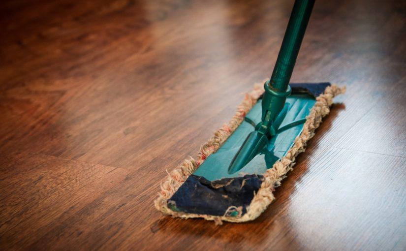 Já conferiu quais são os melhores materiais para limpeza com cera?