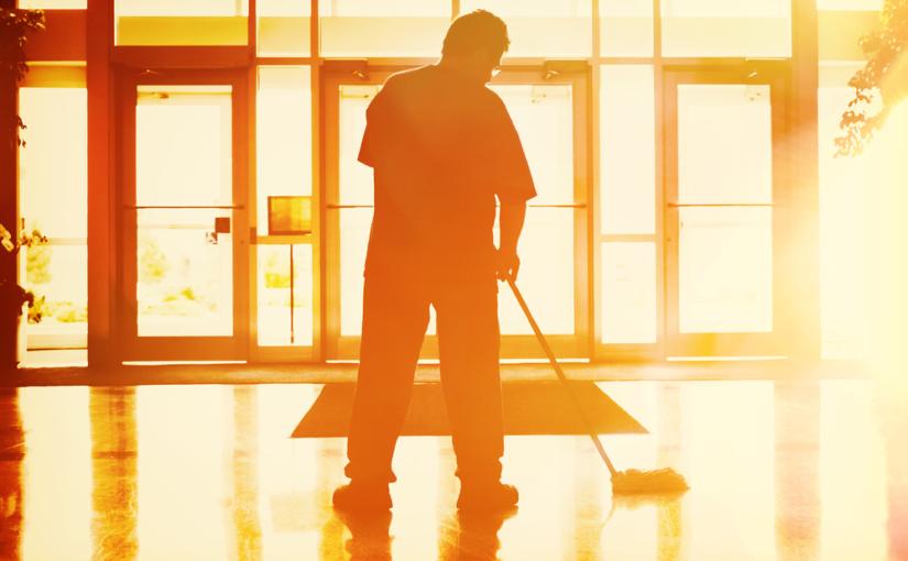 Os cuidados ideais com equipamentos e ambientes empresariais