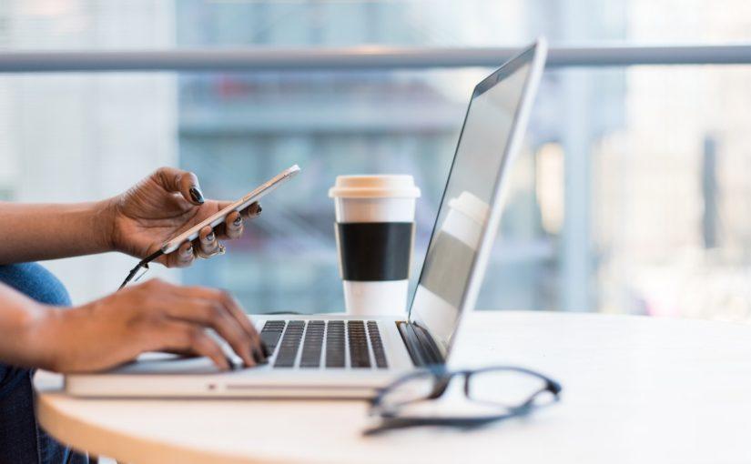 Como a tecnologia ajuda pequenas empresas?