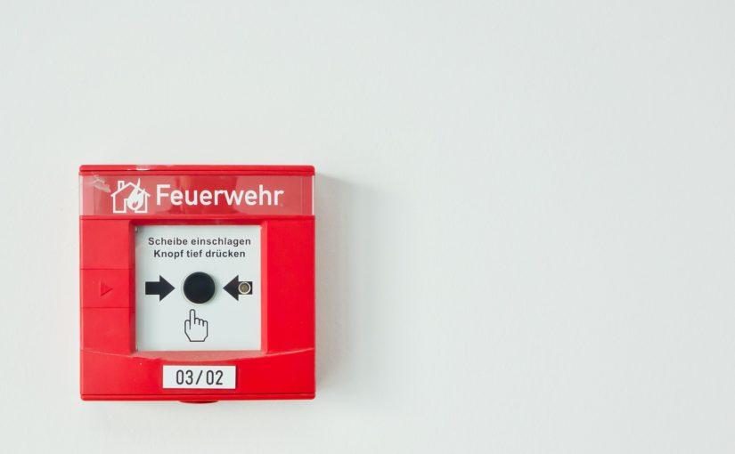 Elementos de combate a incêndio para empresas