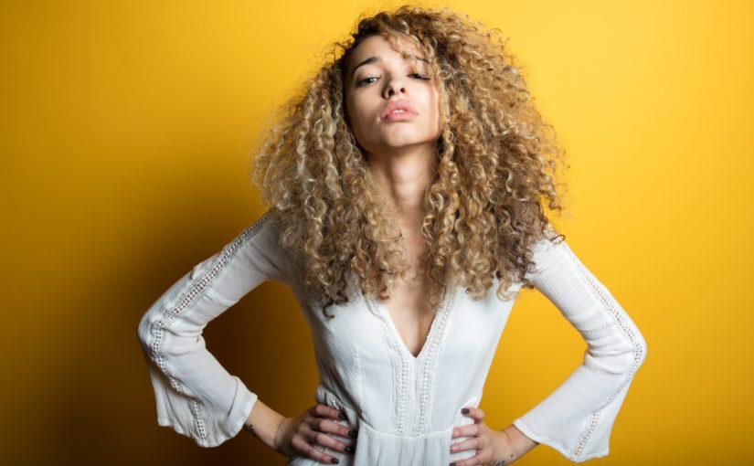 Sabia como os produtos naturais para crescer cabelo podem te ajudar