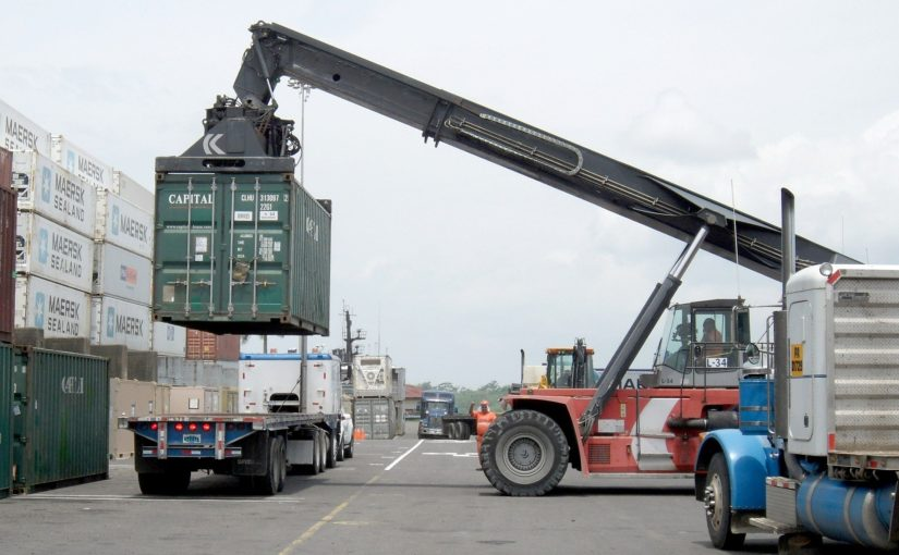 Balança comercial é equilíbrio entre importação e exportação