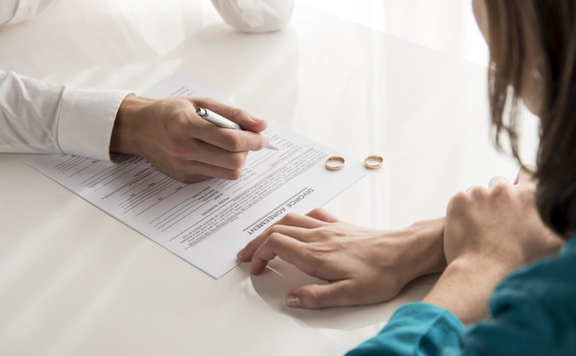 Como dar entrada no pedido de divórcio pela defensoria pública?