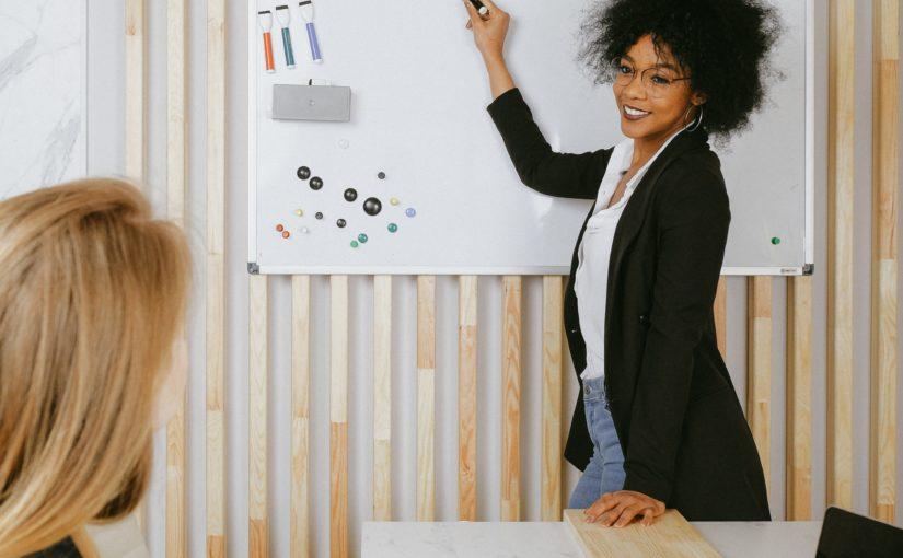 Coaching e mentoring: Entenda quais as diferenças?